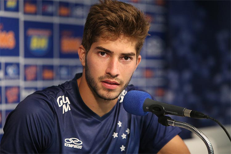 The 24-year old son of father (?) and mother(?), 182 cm tall Lucas Silva in 2017 photo
