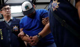 Noi detalii în cazul lui Mihail Colibaba, prietenul lui Renato Usatîi arestat în Taiwan pentru furtul de milioane de dolari din bancomate. În presă au apărut informaţii că banda din care făcea parte Colibaba ar fi avut legături cu mafia rusească. Surse din anturajul primarului din Bălţi au declarat pentru publika.md că cei doi au... Post-ul Noi detalii în cazul prietenului lui Renato Usatîi, arestat pentru furt în Taiwan apare prima dată în CANAL 3.