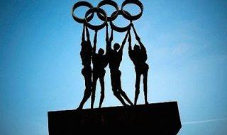 """După Rio se anunţă revoluţie la Jocurile Olimpice de la Tokyo! Medaliile pentru atleţi vor fi confecţionate din… smartphone-uri uzate. Este decizia organizatorilor, potrivit cărora Japonia doreşte să fie """"prieten"""" cu mediul, astfel că metalele prețioase vor fi colectate din produsele electronice scoase din uz. În 2014, japonezii au recuperat din electronicele vechi 143 de... Post-ul Revoluţie la Jocurile Olimpice de la Tokyo! Medaliile pentru atleţi vor fi confecţionate din smartphone-uri apare prima dată în CANAL 3."""