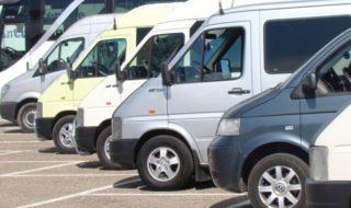 """Toleranţă zero faţă de transportul ilicit! Operatorii mici de pe rutele internaţionale vor fi obligaţi să obţină licenţă pentru a-şi continua activitatea. În acelaşi timp, Ministerul Transporturilor anunţă că va continua controalele pentru a preveni transportul ilicit de persoane, iar poliţia va aplica amenzi GRASE. Ministerul Transporturilor anunţă că nu va tolera transportarea pasagerilor pe... Post-ul """"Toleranţă zero"""" în transporturi apare prima dată în CANAL 3."""